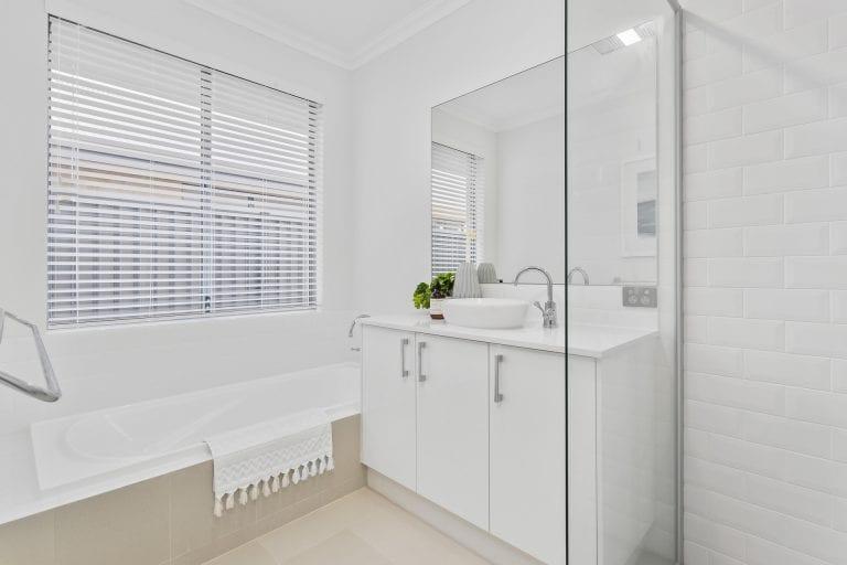 Basin _ bath _ shower (3)